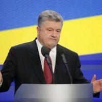 Уже не знает как выкрутиться: Порошенко говорит, что ГБР передает материалы в Россию
